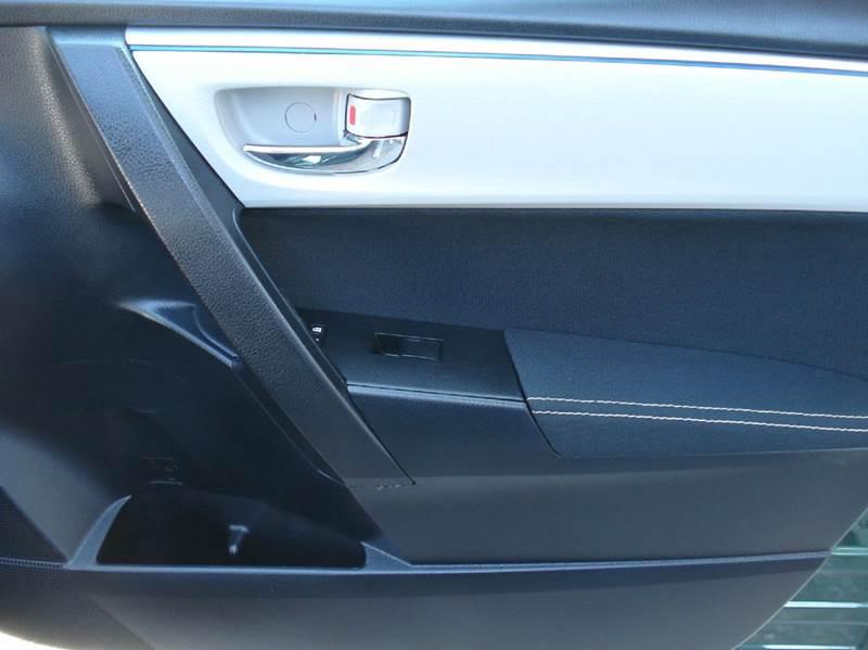 2014 Toyota Corolla LE Plus 4dr Sedan - Hutchinson KS