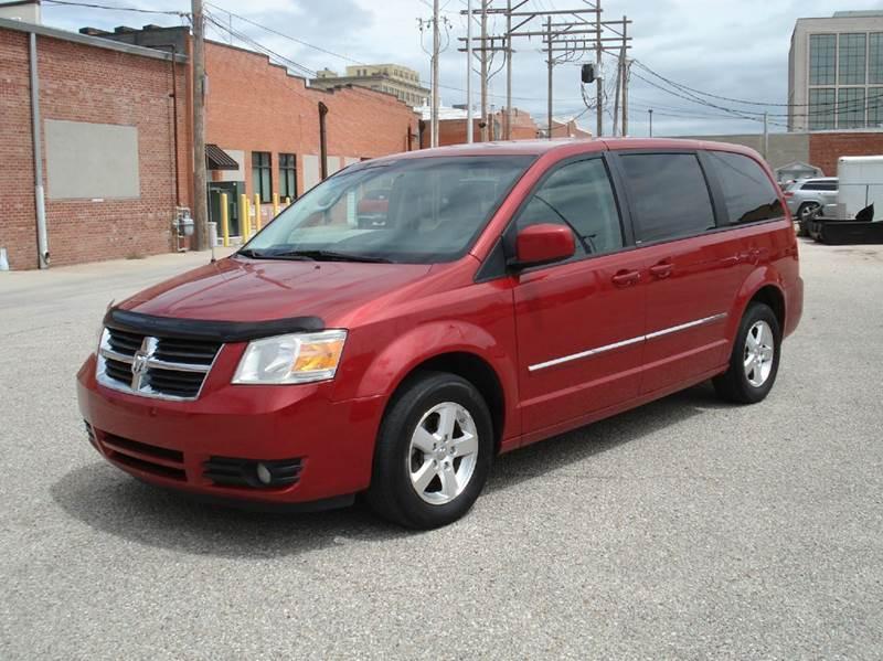 2008 Dodge Grand Caravan SXT Extended Mini-Van 4dr - Hutchinson KS