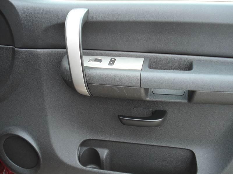 2007 Chevrolet Silverado 1500 LT1 4dr Extended Cab 4WD 5.8 ft. SB - Hutchinson KS