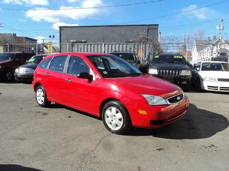 2007 ford focus zx5 se 4dr hatchback in bridgeport ct. Black Bedroom Furniture Sets. Home Design Ideas
