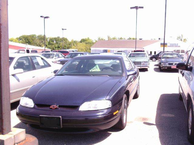 1998 chevrolet monte carlo for sale in chardon oh. Black Bedroom Furniture Sets. Home Design Ideas