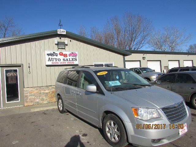 2008 Chrysler Town and Country Touring 4dr Mini-Van - Sioux Falls SD