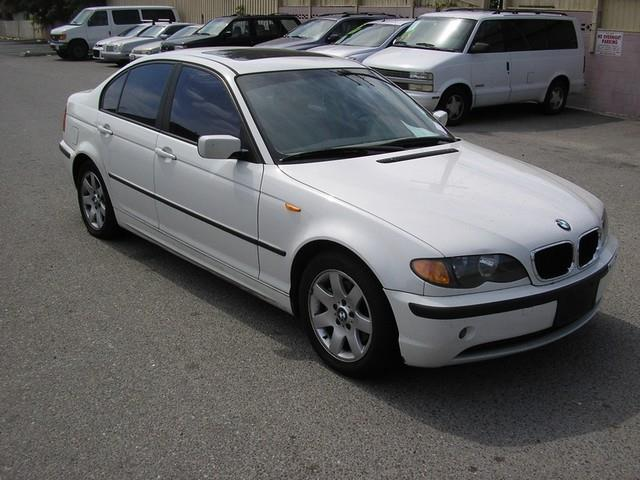 2003 BMW 3 SERIES 325I 4DR SEDAN white limited warranty included to assure your worry-free purcha