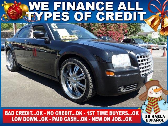 2006 CHRYSLER 300 TOURING 4DR SEDAN black limited warranty included to assure your worry-free pur