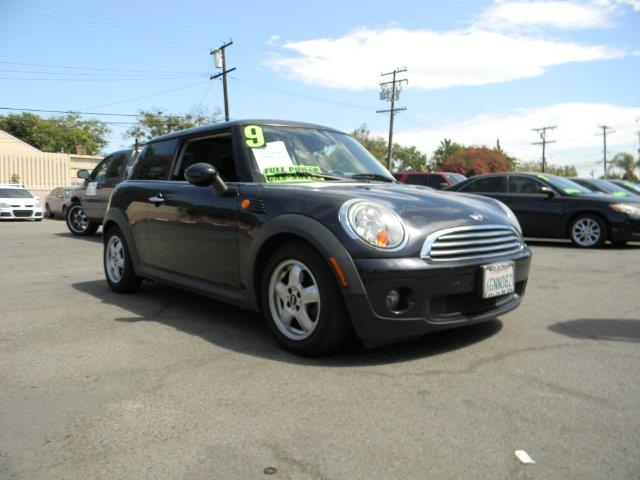 2009 MINI COOPER BASE 2DR HATCHBACK navy blue coolant  engine oil  low fuel abs - 4-wheel air