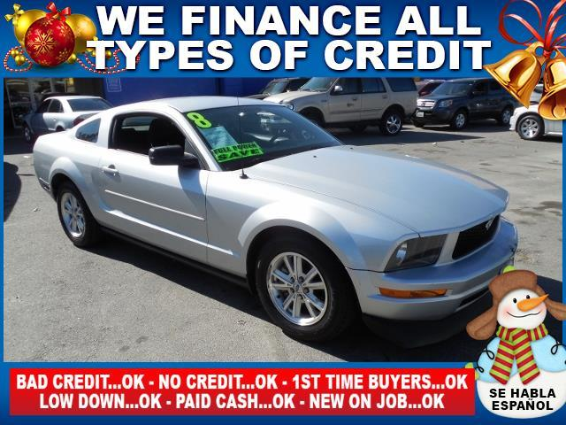 2008 FORD MUSTANG silver limited warranty included to assure your worry-free purchase autocheck