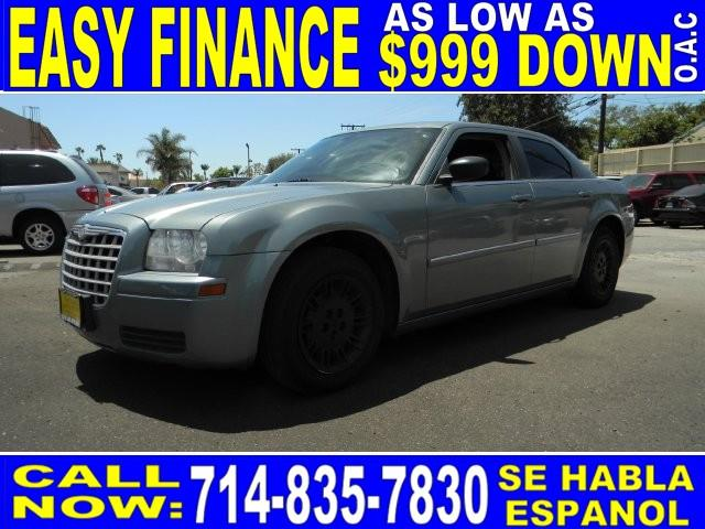 2007 CHRYSLER 300 BASE 4DR SEDAN green limited warranty included to assure your worry-free purcha