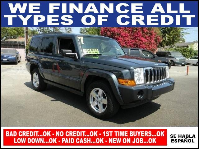 2007 JEEP COMMANDER SPORT 4DR SUV gray limited warranty included to assure your worry-free purcha