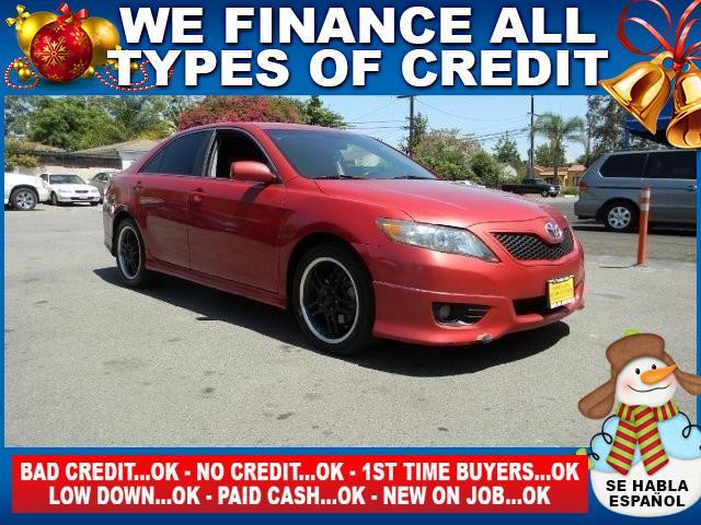 2011 TOYOTA CAMRY SE 4DR SEDAN 6A red limited warranty included to assure your worry-free purchas