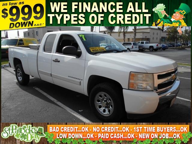 2007 CHEVROLET SILVERADO 1500 C1500 white limited warranty included to assure your worry-free pur