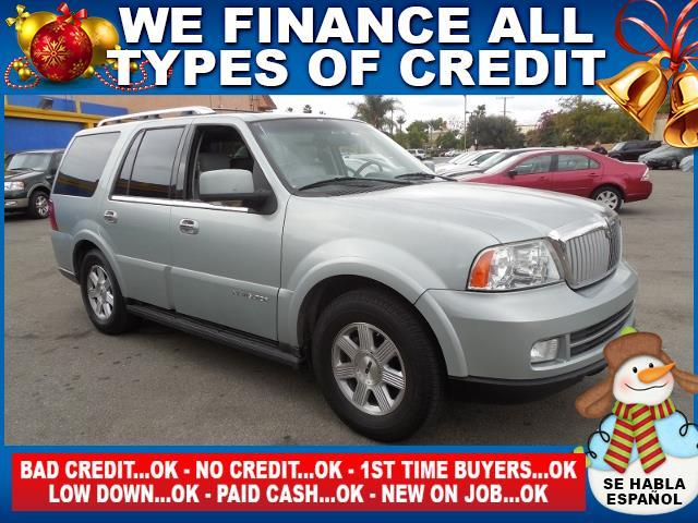 2005 LINCOLN NAVIGATOR LUXURY 4DR SUV silver limited warranty included to assure your worry-free