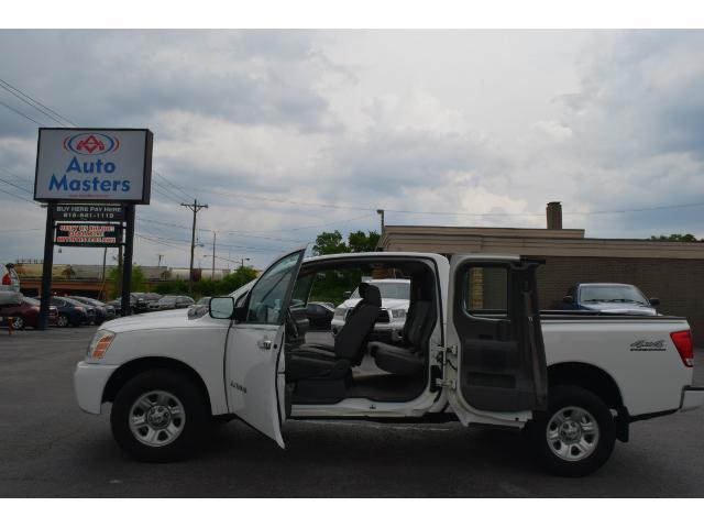 2005 Nissan Titan XE King Cab 4WD FFV - Nashville TN
