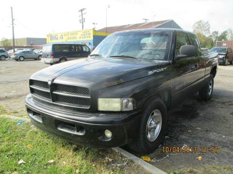 1999 Dodge Ram Pickup 1500 for sale in Brownstown, MI