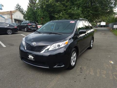 2016 Toyota Sienna for sale in Nanuet, NY