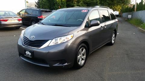 2013 Toyota Sienna for sale in Nanuet, NY