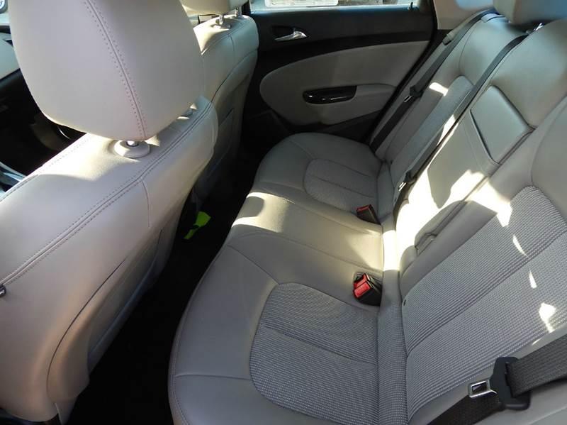 2014 Buick Verano 4dr Sedan - Oconomowoc WI