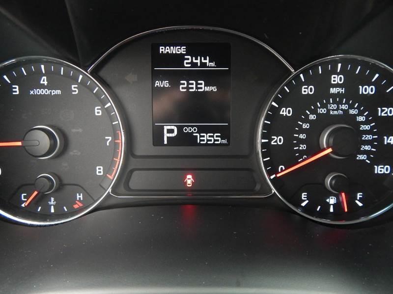 2016 Kia Forte LX 4dr Sedan 6A - Oconomowoc WI
