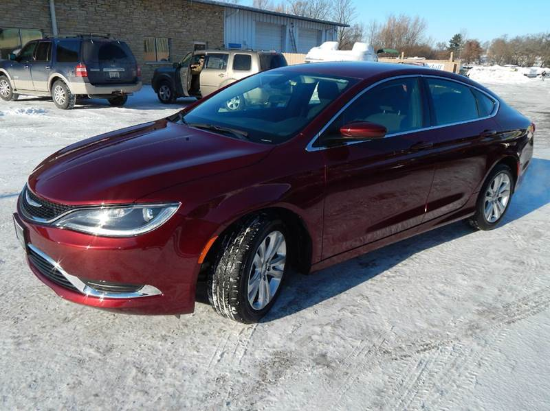 2016 Chrysler 200 LIMITED - Oconomowoc WI