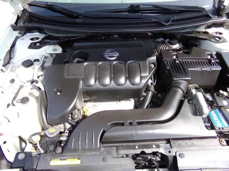 2009 Nissan Altima 2.5 S - Oconomowoc WI