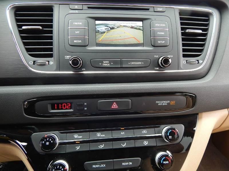 2016 Kia Sedona LX 4dr Mini-Van - Oconomowoc WI