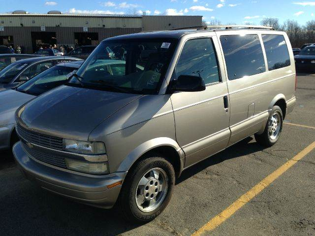 2003 chevrolet astro ls awd 3dr minivan in norwood ma. Black Bedroom Furniture Sets. Home Design Ideas