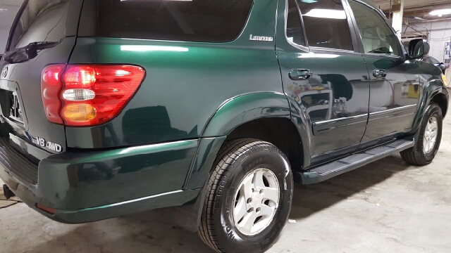2002 Toyota Sequoia Limited 4WD 4dr SUV - Norwood MA