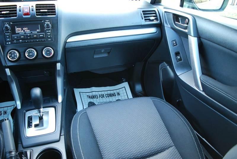 2015 Subaru Forester AWD 2.5i 4dr Wagon CVT - Harrisonburg VA
