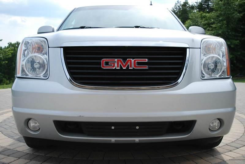 2013 GMC Yukon XL 4x4 SLT 1500 4dr SUV - Harrisonburg VA