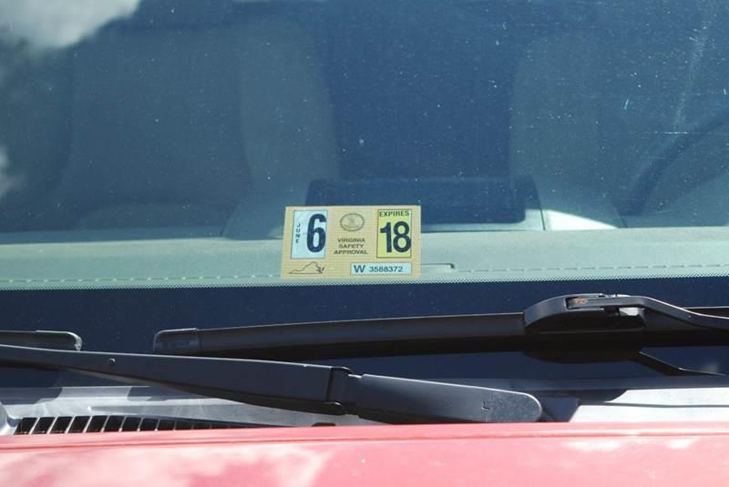 2012 Nissan Frontier 4x4 SV V6 4dr Crew Cab SWB Pickup 5A - Harrisonburg VA