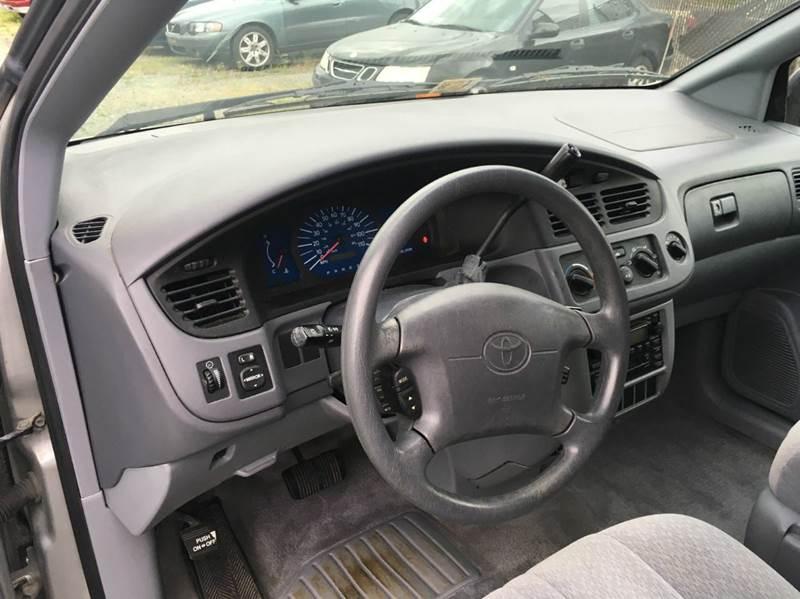2001 Toyota Sienna CE 4dr Mini-Van - Alexandria VA