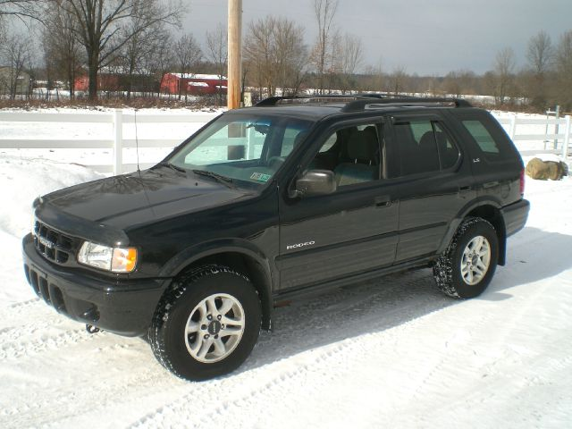 2002 Isuzu Rodeo for sale in North Benton OH