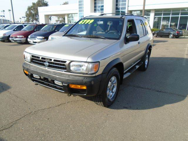 1998 nissan pathfinder se 4dr 4wd suv in sacramento ca. Black Bedroom Furniture Sets. Home Design Ideas