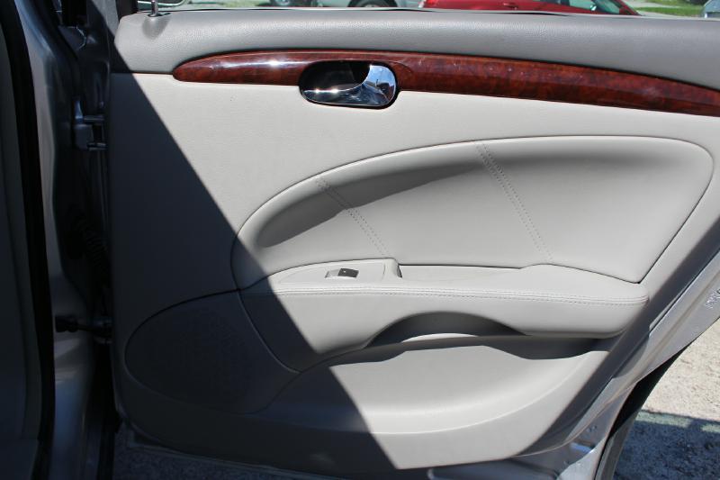 2009 Buick Lucerne CXL - Crawfordsville IN