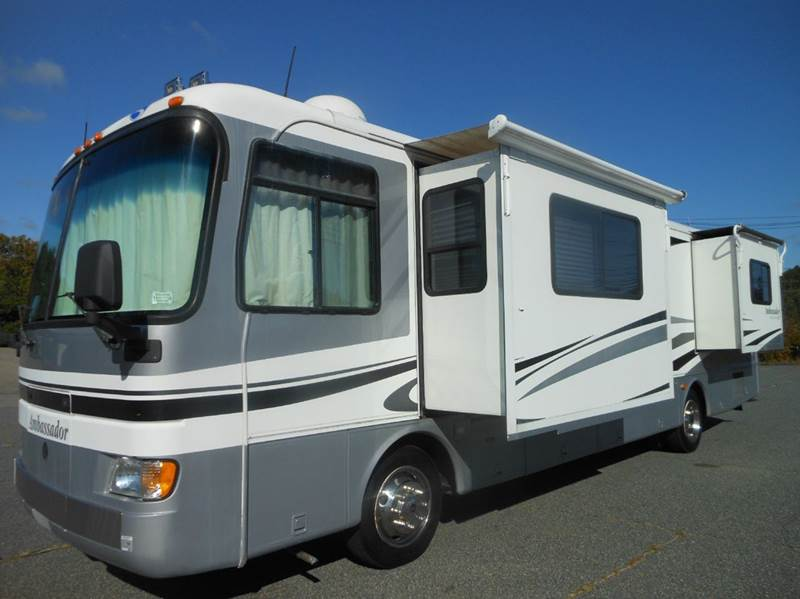 Wonderful Don Walker, 2009 Dodge 3500, 2008 Northstar Igloo We Have A 2003 CargoPro 5x8 Vnose Aluminum Enclosed Motorcycle Trailer, With A 2012  Named The Semi, Went Up For Sale Undoubtedly, A Truck Camper Was Our Best