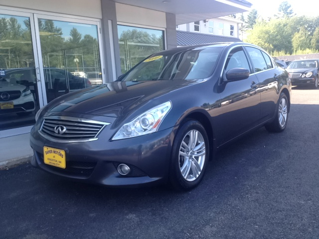 Infiniti for sale in kingston nh for Daher motors kingston nh