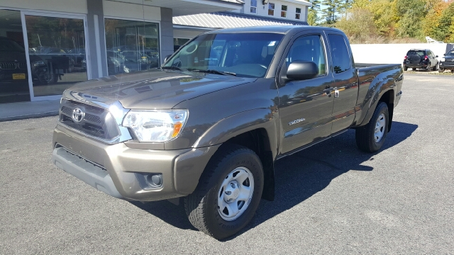 2012 toyota tacoma for sale for Daher motors kingston nh