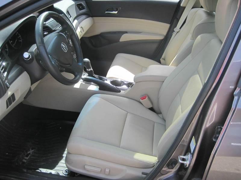 2014 Acura ILX 2.0L 4dr Sedan w/Premium Package - Cranston RI