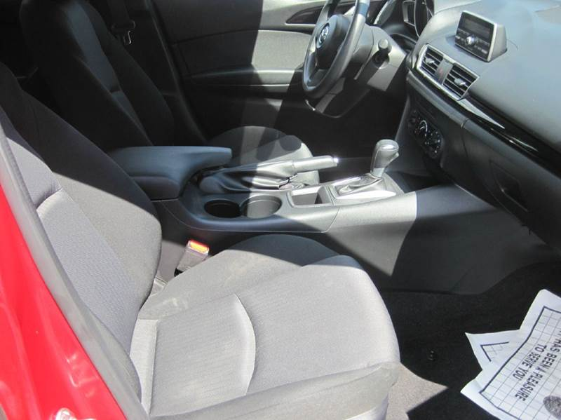 2014 Mazda MAZDA3 i Sport 4dr Sedan 6A - Cranston RI