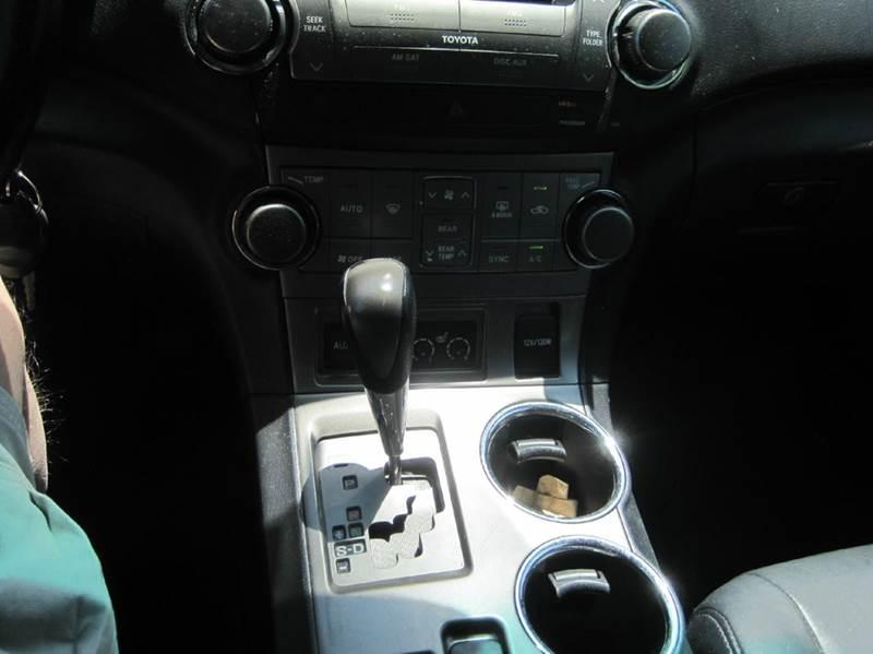 2010 Toyota Highlander AWD SE 4dr SUV - Cranston RI