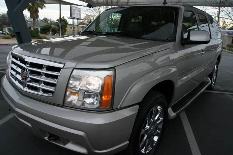 2006 Cadillac Escalade Esv Platinum Edition Awd 4dr Suv In
