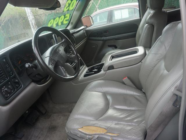 2003 GMC Yukon SLT 4WD 4dr SUV - Plainfield NJ