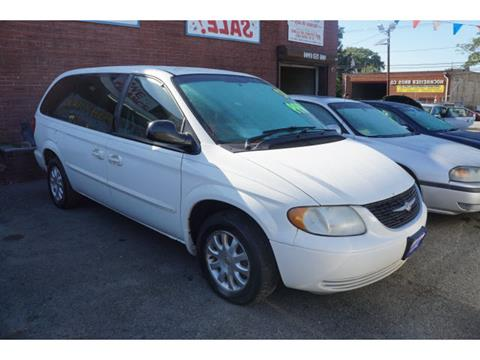 2002 Chrysler Town and Country for sale in Plainfield, NJ