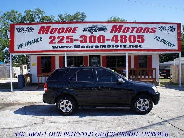 2004 KIA SORENTO LX 2WD black at moore motors everybody rides good credit bad credit no probl