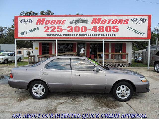 1995 LEXUS ES 300 BASE 4DR STD SEDAN gray at moore motors everybody rides good credit bad cred
