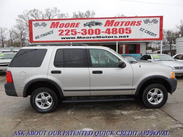 2004 FORD EXPLORER XLS 4DR SUV silver at moore motors everybody rides good credit bad credit n