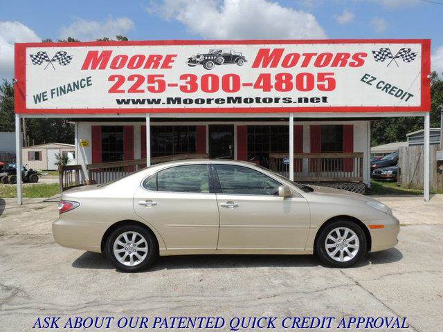 2004 LEXUS ES 330 BASE 4DR SEDAN gold at moore motors everybody rides good credit bad credit