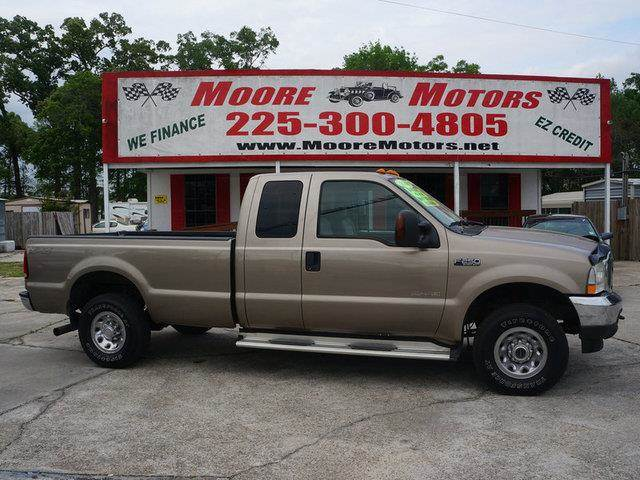 2004 FORD F-250 SUPER DUTY SD XLT SUPERCAB 4WD tan at moore motors everybody rides good credit