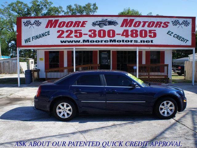 2006 CHRYSLER 300 TOURING 4DR SEDAN blue at moore motors everybody rides good credit bad credi