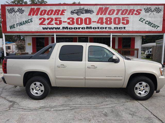 2007 CHEVROLET AVALANCHE LT gold at moore motors everybody rides good credit bad credit no pr