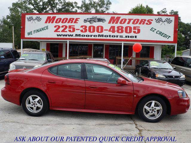 2007 PONTIAC GRAND PRIX BASE 4DR SEDAN red at moore motors everybody rides good credit bad cre